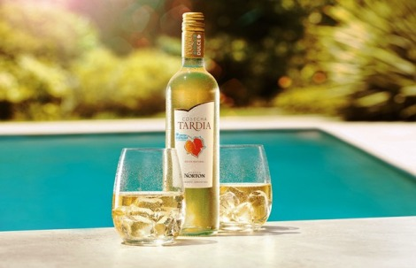 Cosecha Tardía - Wine Polar botella y vasos